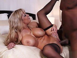 Alyssa Lynn Pussy Fucked