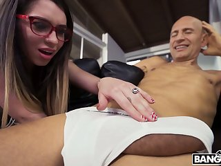 Perverted bald neighbor seduces Joseline Kelly to fuck their way messy pussy doggy