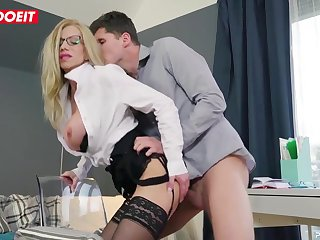 Lara De Santis is a highly stringent manager, but occasionally she just needs a naughty plumb