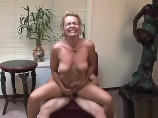 Perfect Body Step-Mama Kelly Leigh Riding Cock Cool Sentimental Step-son