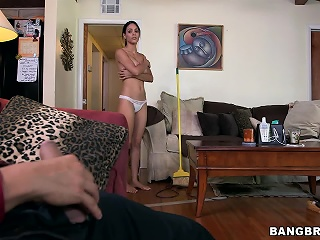 Big mamma Latina maid gets fucked