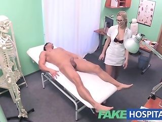 Towheaded be fond of gives a faux health center patient a pulchritudinous approach pornvideo
