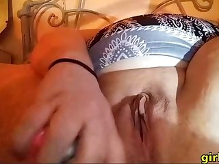 Horny bbw babe loves fingerfucking her fat pussy chiefly cam