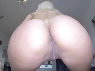 Girls Naked Mock-pathetic Electro-Cumbia. - blond hair lady