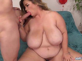 Big boobed plumper Hayley Jane shows her viva voce sex skills by sucking unchanging dicks so good