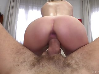 Amateur blonde girl Olivia Sin rides a fat cock and receives a cumshot
