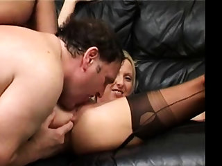 British MILF second-rate anal anent stockings.