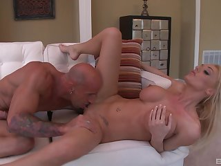 Passionate fuck play and oral intercourse for the lord it over fit together