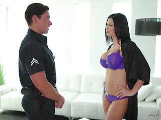 Bosomy eye catching brunette masseuse Jasmine Jae loves jerking cock up shower