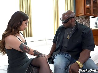 Black man gags this bitch and shows her no mercy during sex